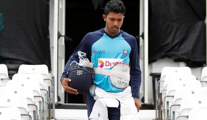 2 arrested over robbery at Kusal Mendis' house