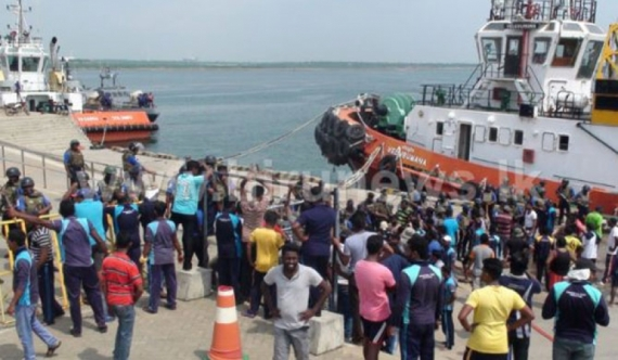 Security ring around ships at Hambantota port (update)