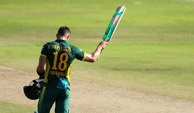 Miller, du Plessis' centuries set up thumping victory