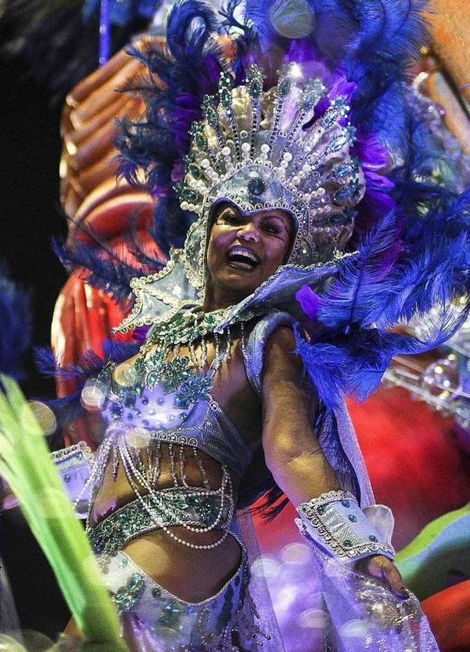 Rio splashed with carnival colours (Pics)