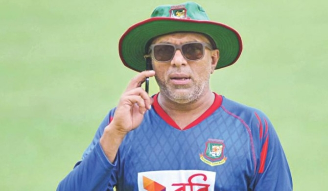 Will work with SL if invited - Hathurusinghe