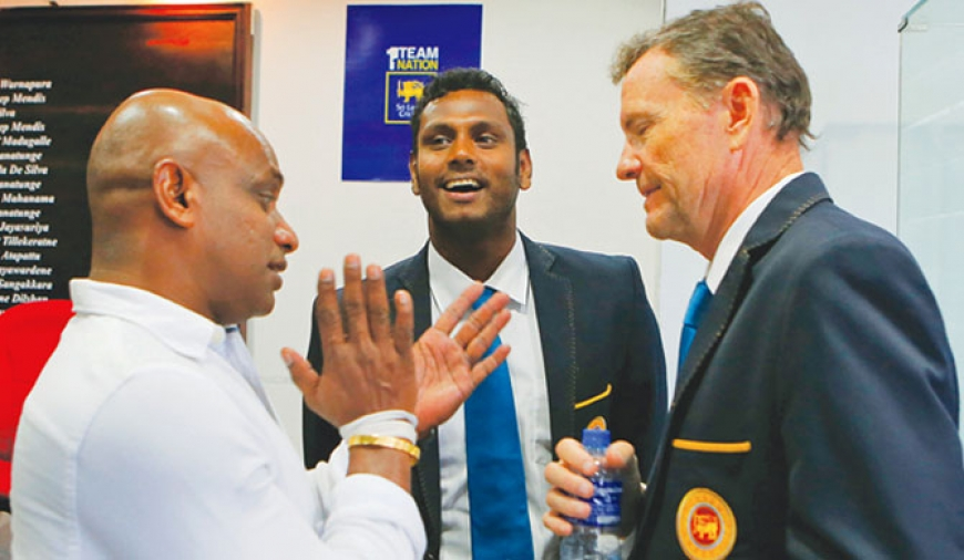 Mathews, Ford object to Jayasuriya's decisions