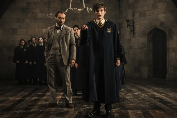 fantastic beasts the crimes of grindelwald young newt 600x400 1