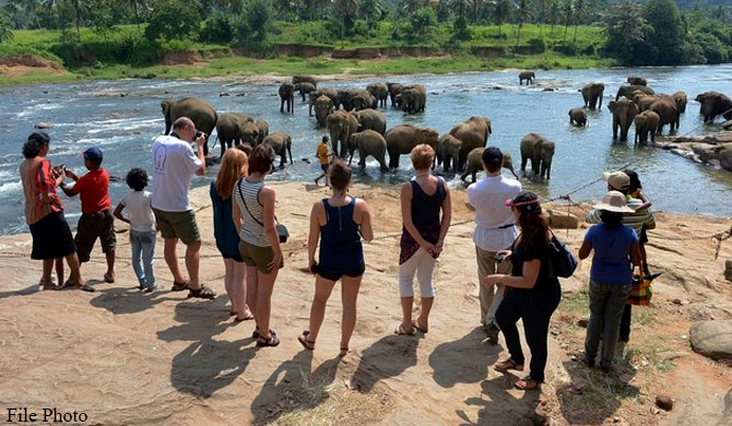 Minimum 5-night stay in SL required for tourists from August