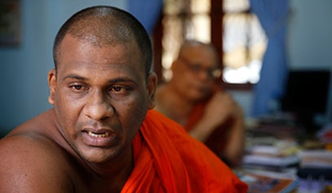 Attempt to arrest Gnanasara Thera misfires! (Video)