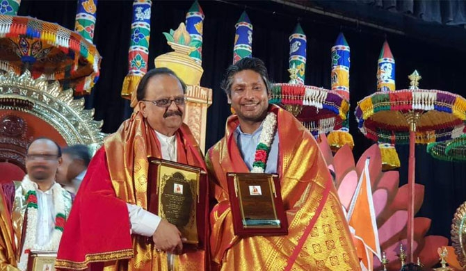 SPB, Sanga share stage at awards night in Colombo