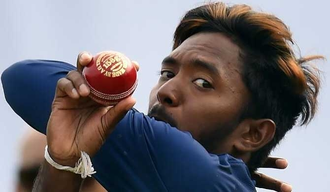 Akila Dananjaya's bowling action illegal - ICC