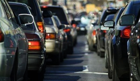 Ban on vehicle import saves Rs 250 b