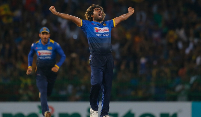Malinga becomes 2nd bowler to get Hat-trick in ODIs & T20Is (Video)