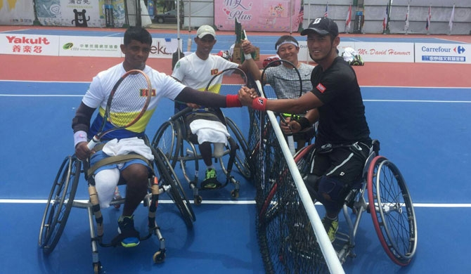 Army wheelchair tennis players win accolades
