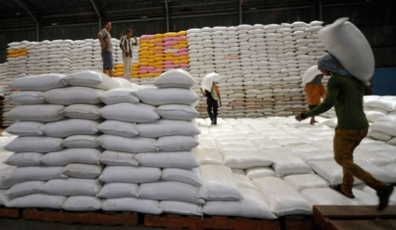 Sathosa loses 15 b on rice imports