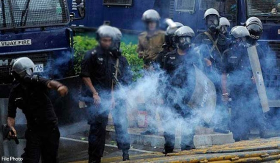 Police fire tear gas at protesters in Colombo