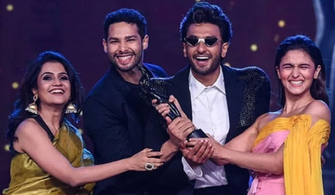 'Gully Boy'  wins big at Filmfare