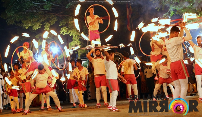 90th Kelani Perahera held