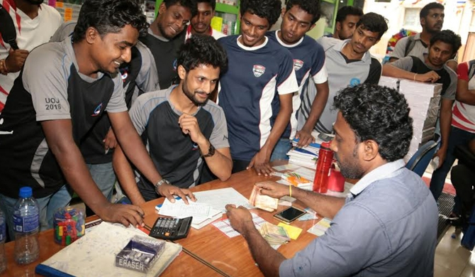 Jaffna undergrads aid south's flood-hit schoolchildren