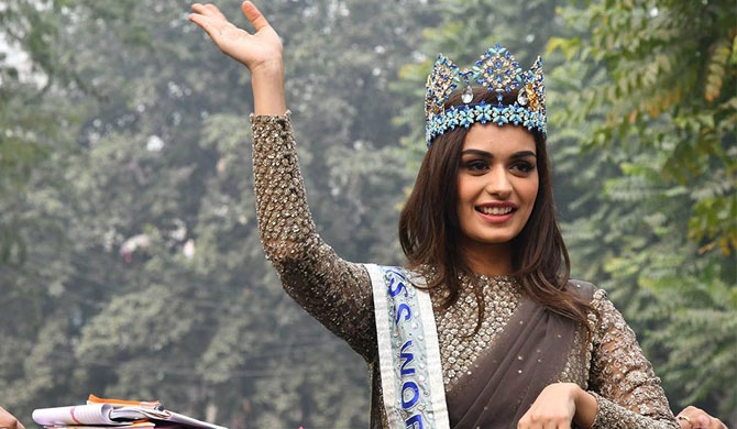 Fmr Miss World promotes tourism in Sri Lanka after terror attack