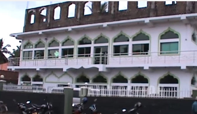 Mosque in Kurunegala attacked (video)