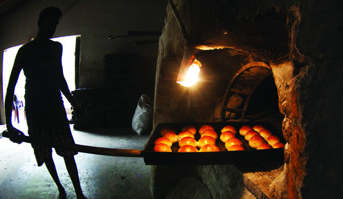 6,000 out of 7,000 bakeries closed down