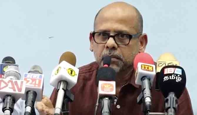 Gamini Viyangoda seeks legal redress