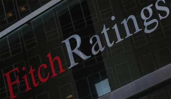 Fitch downgrades to Sri Lanka to 'B' amid political crisis