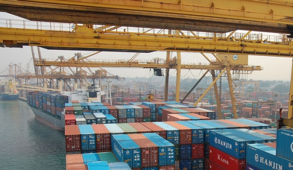 Chinese company to get 13 acres of Colombo harbour?