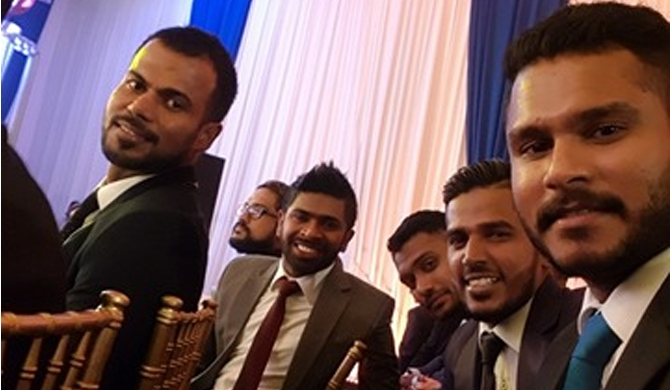 Cricketers get tuneful at  Dialog Cricket Awards (Video)