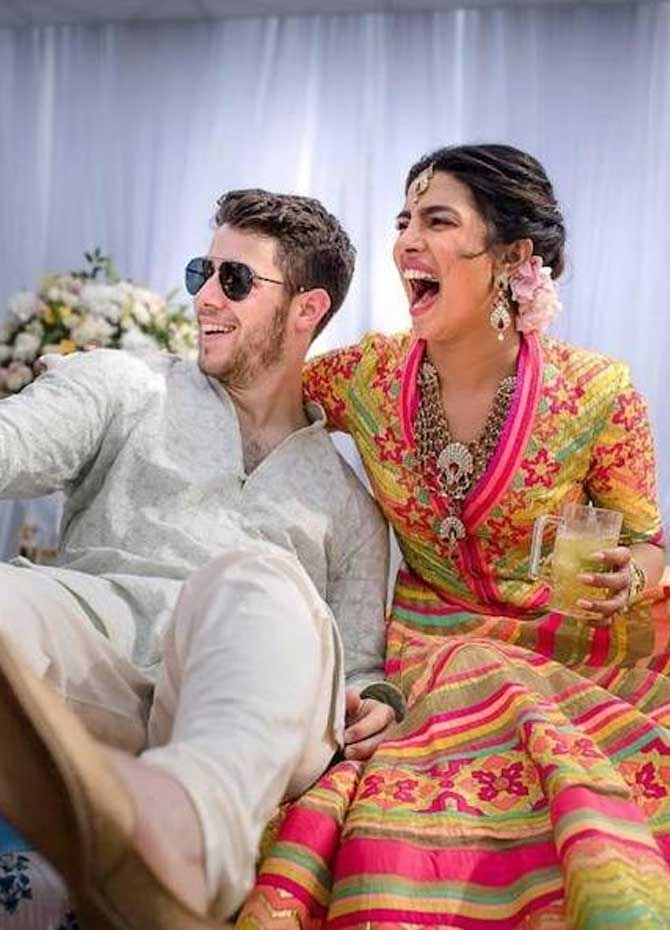 Priyanka - Nick gets hitched! (Pics)