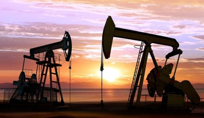 Oil prices hit 4-year high