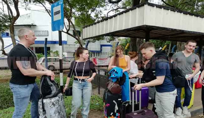 52 Russians give new lease of life to SL tourism
