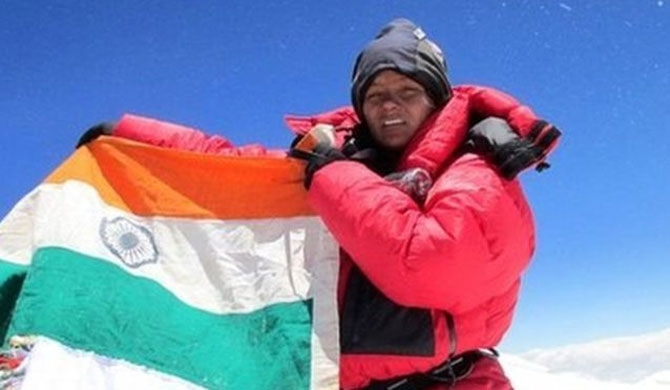 Compensation for Everest climbing amputee
