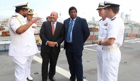 Ravi, Navy Commander visit USS Lake Erie