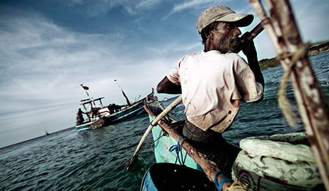 Eight Indian fishermen arrested!