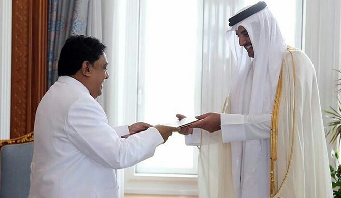 ASP Liyanage presents credentials to Emir of Qatar