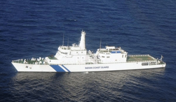 Indian Coast Guard ship visits Sri Lanka