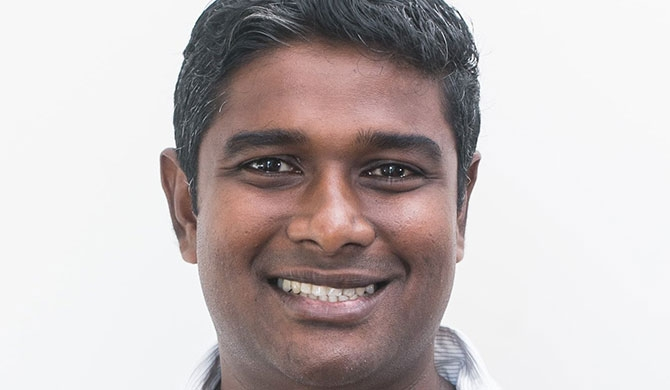 Dinesh Thomas joins the LinearSix team