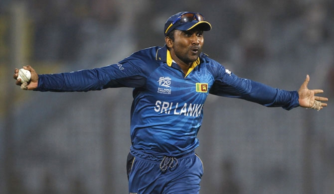 Mahela's heart beats for bowlers